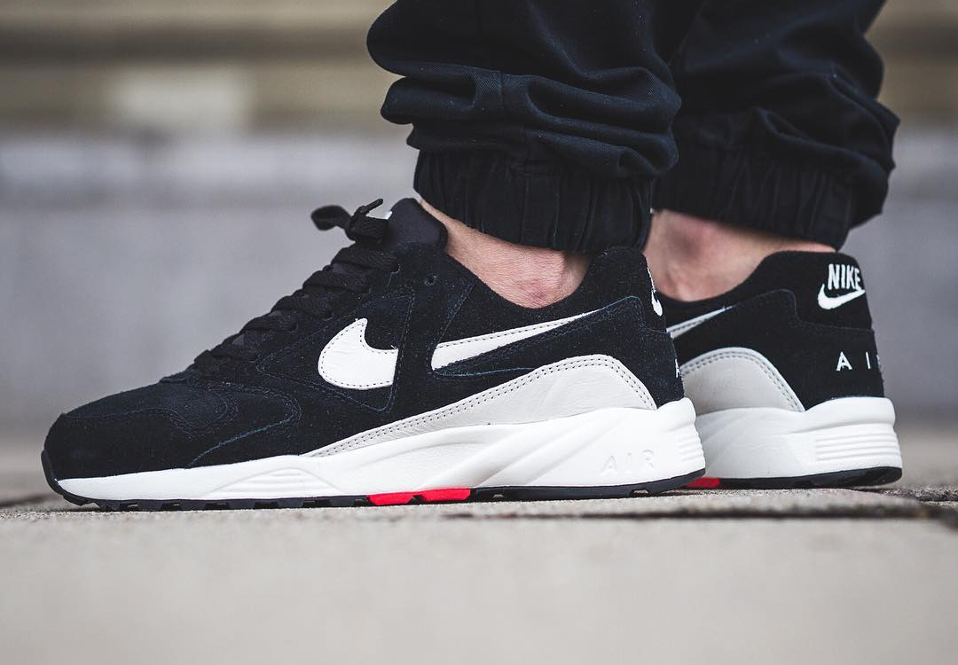 Chaussure Nike Air Icarus Extra QS Suede Black (daim noir)