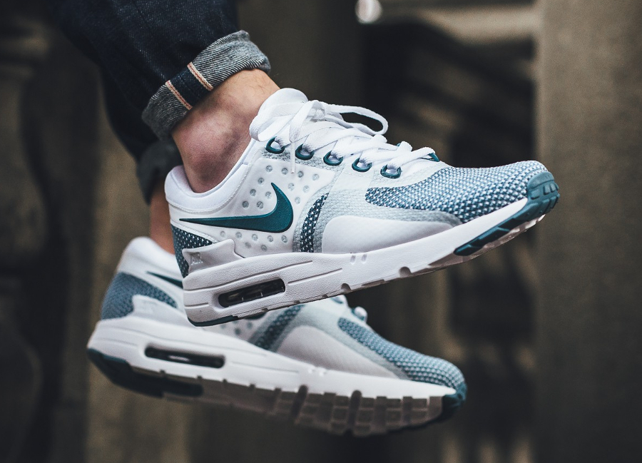 check out d6ba4 b96b5 Chaussure-Nike-Air-Max-Zero-Essential-Smokey-Blue-