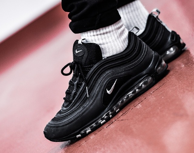 Cheap Nike Sportswear AIR MAX 97 17 Trainers black/white Zalando.co.uk
