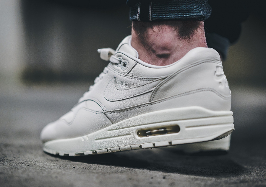 NikeLab Air Max 1 Pinnacle Sail cuir premium blanc cassé (3)