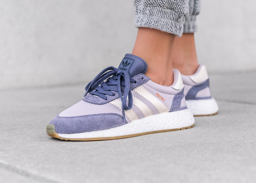 Basket Adidas Iniki Runner W Super Purple (1)