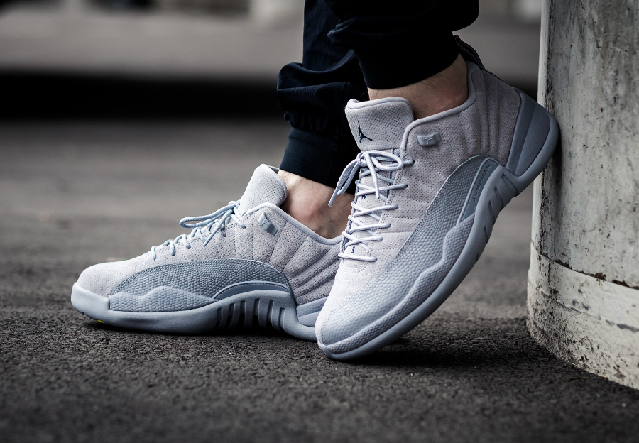 Basket Air Jordan 12 XII Retro Low 'Wolf Grey' (daim gris)