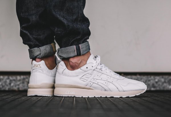Basket Asics GT II White Leather homme (1)
