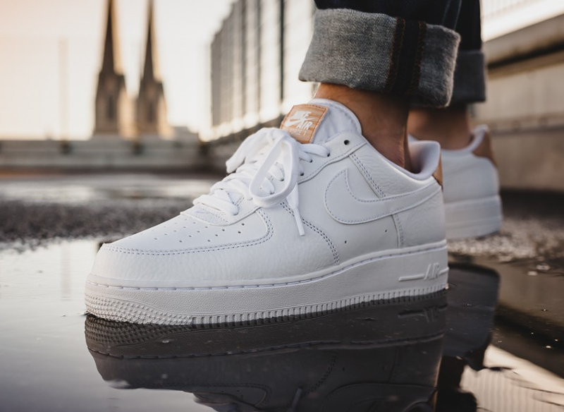 bas prix 7fa2b bacc2 Nike Air Force 1 Low 07 LV8 'Patch' White Vachetta Tan