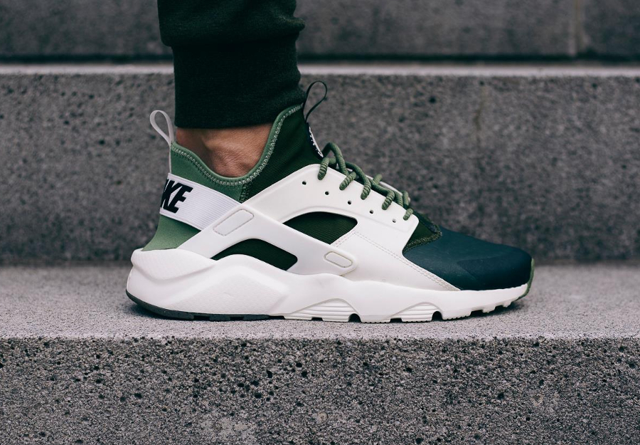 Basket Nike Air Huarache Ultra SE Palm Green vert (1)