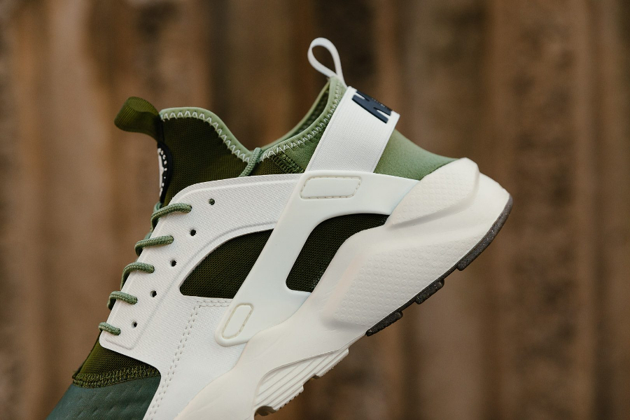 Basket Nike Air Huarache Ultra SE Palm Green vert (3)