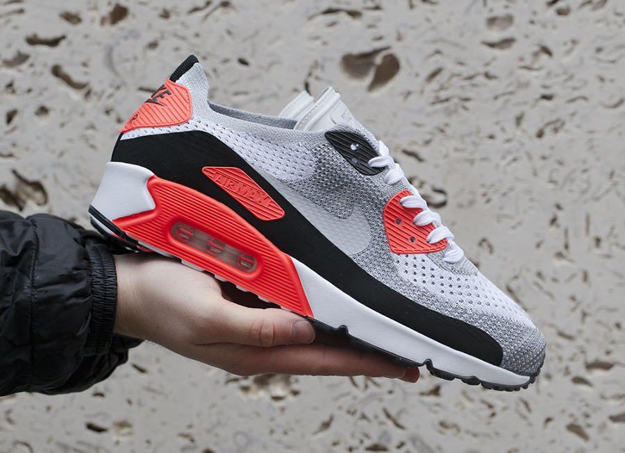 Basket Nike Air Max 90 Ultra 2.0 Flyknit Infrared (1)