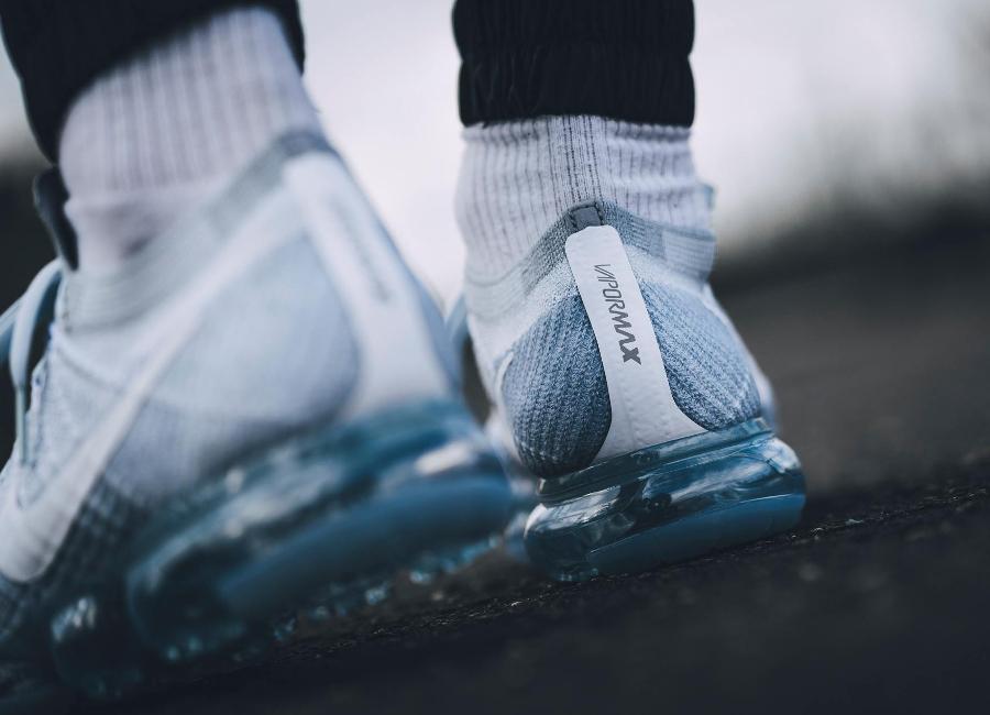 Restock Nike Air VaporMax Flyknit Grise 'Pure Platinum'