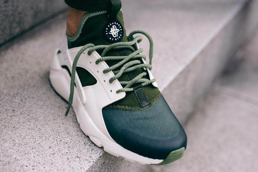 the latest 65e24 cba20 Chaussure Nike Air Huarache Ultra Run SE Palm Green (homme) (1)