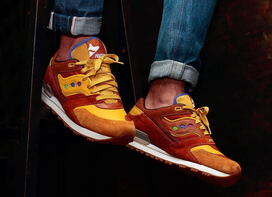 Feature x Saucony Courageous Belgian Waffle - @extrabutter