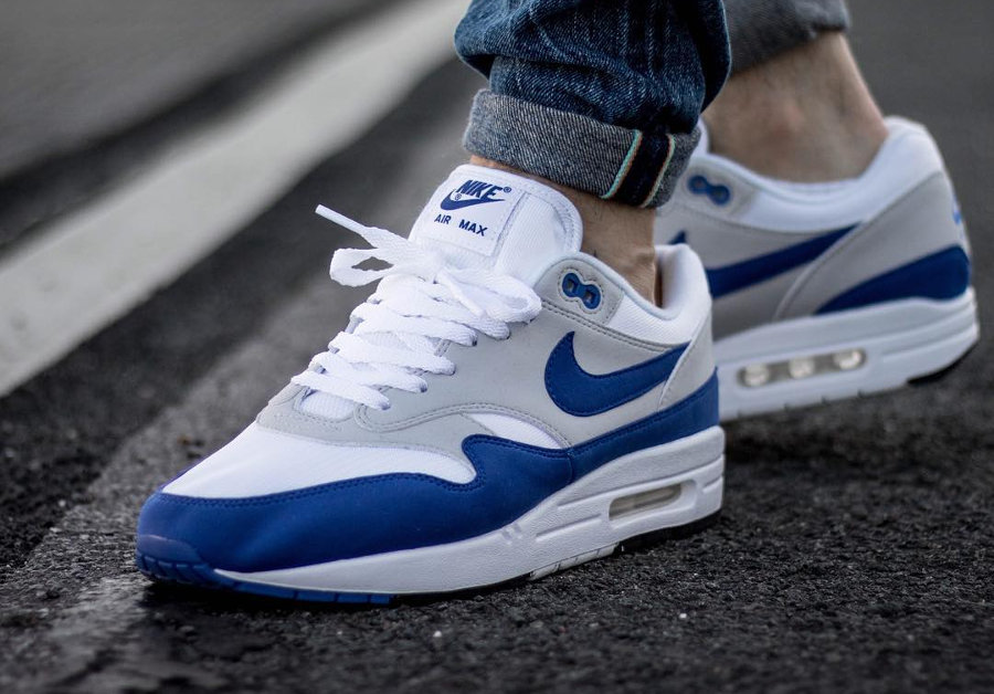restock-nike-air-max-1-og-anniversary-blue-on-feet-908375 103