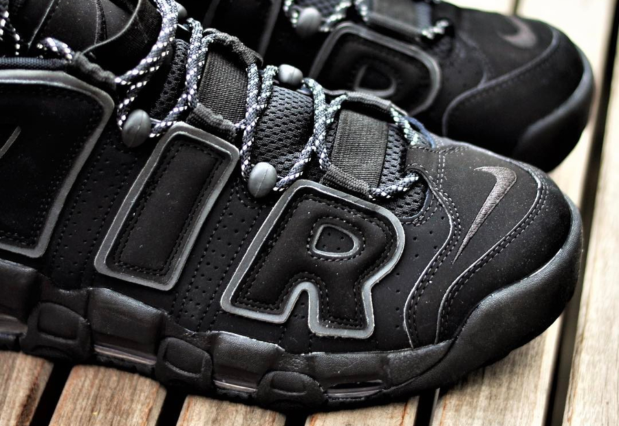 Basket Nike Air More Uptempo 'Triple Black' (1)