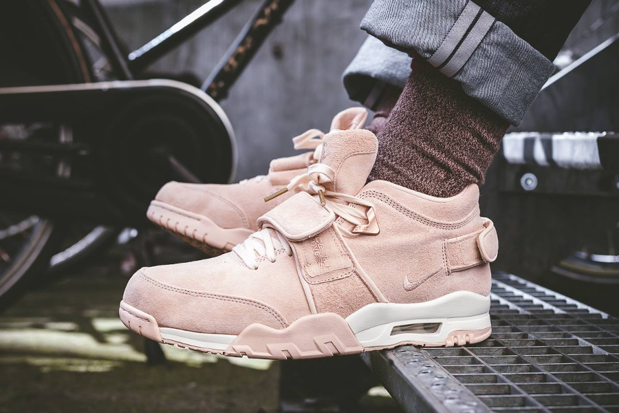 Basket Nike Air Trainer V Cruz Easter rose pastel (1)