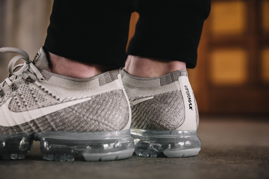 Basket Nike Air Vapormax Flyknit Pale Grey (3)