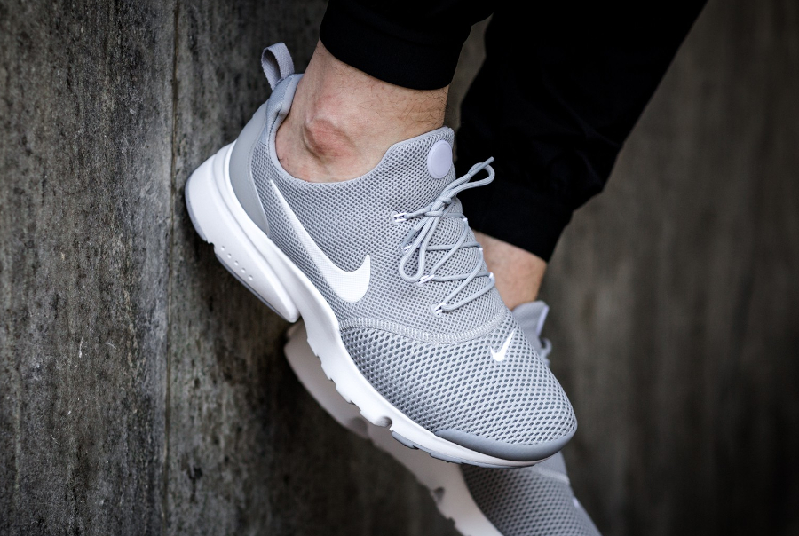 nike air presto fly grise