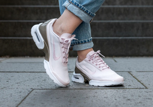 sports shoes 2925e eb8ca Basket Nike Wmns Air Max Jewell Premium Pearl Pink (3)