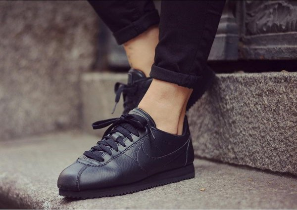 Beautiful x Nike Cortez Leather Triple Black pas cher
