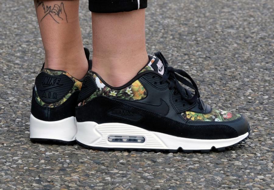Chaussure Nike Air Max 90 PRM Femme Floral Spring Garden Black femme (2)
