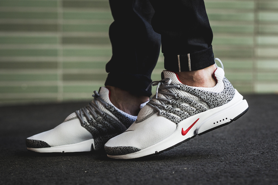 Chaussure Nike Air Presto QS Safari Cement White Grey (1)