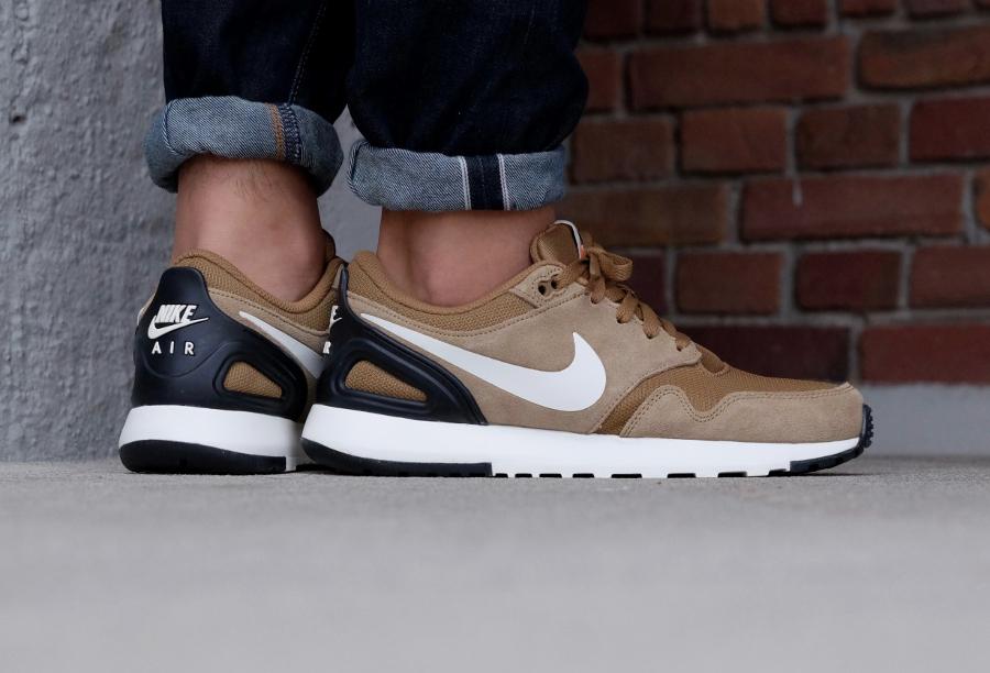 Chaussure Nike Air Vibenna Imperiali Golden Beige (1)