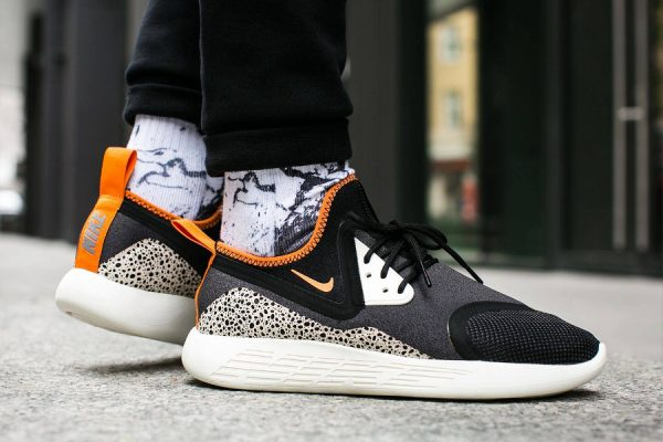 Chaussure Nike Lunarcharge Essential BN OG Safari 1987 homme