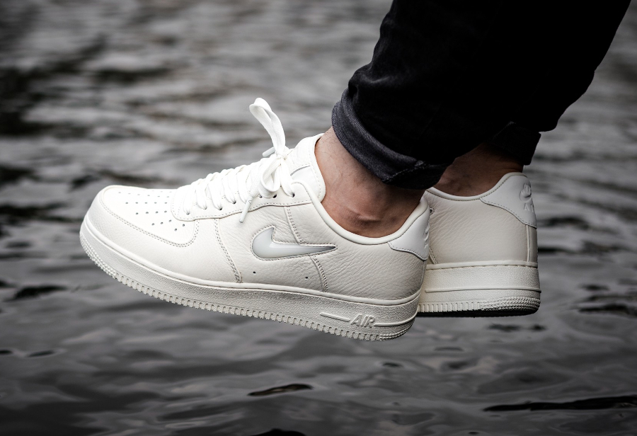Chaussure NikeLab Air Force 1 Low Premium Sail
