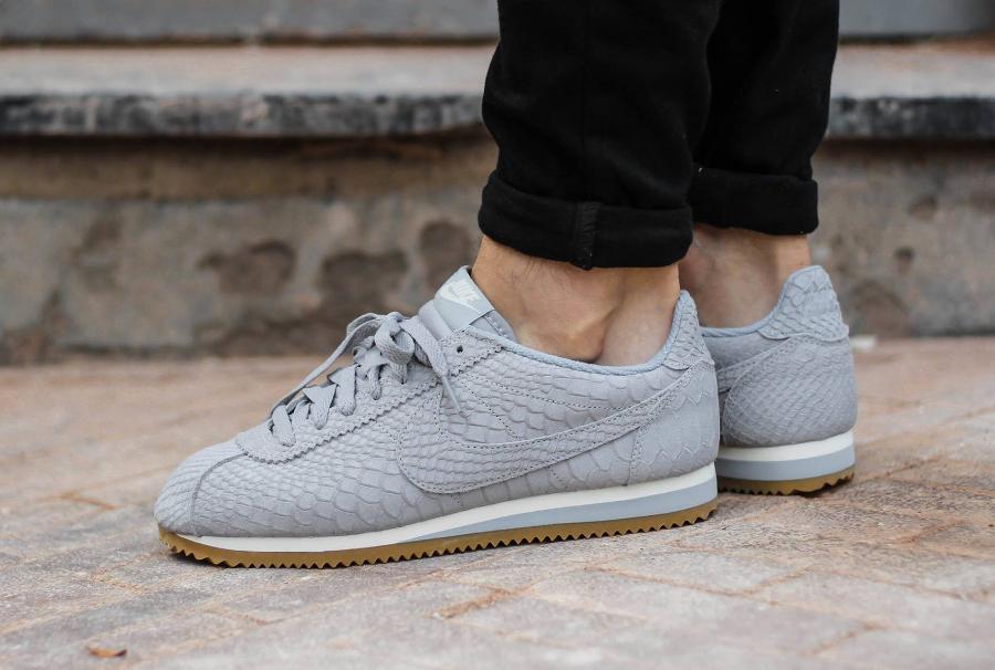 Nike Cortez Leather Premium 'Wolf Grey' imprimé serpent pas cher