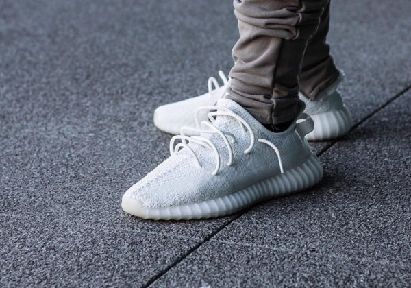 adidas yeezy boost blanche