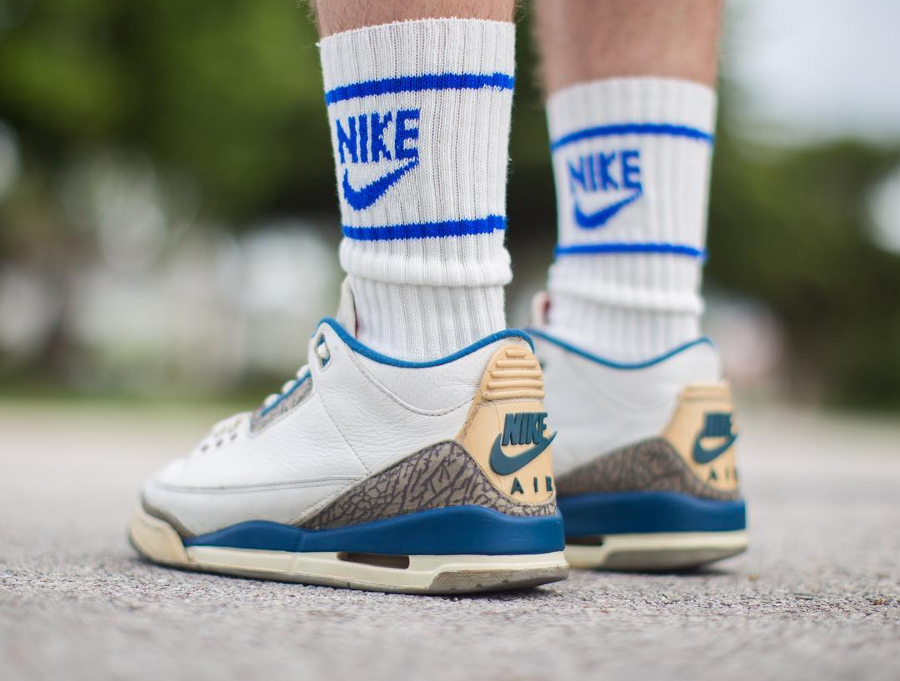 Air Jordan 3 OG True Blue (1988) - @dylan_ratner