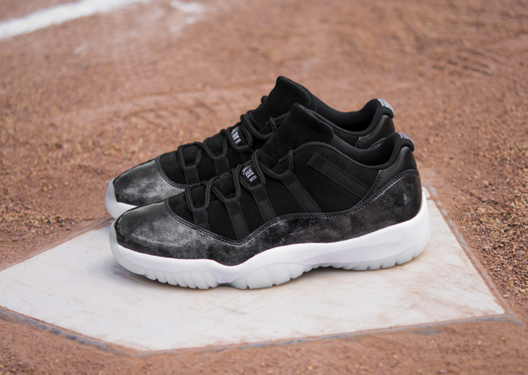 Basket Air Jordan 11 Retro Low Barons Black White