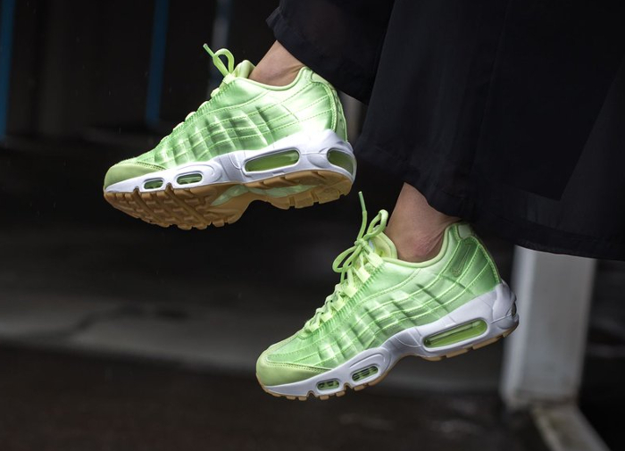 Basket Nike Wmns Air Max 95 Light Liquid Lime (quickstrike) (2)