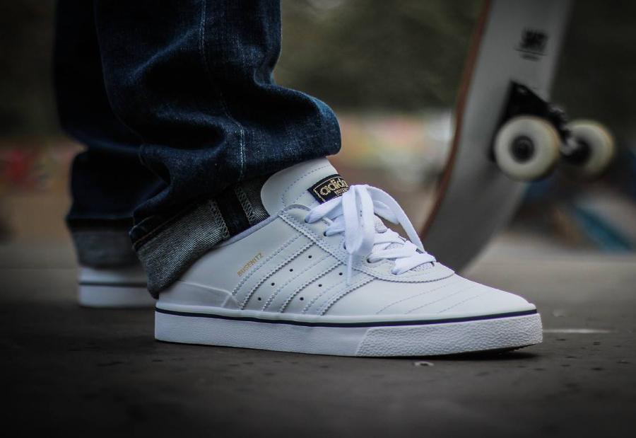 Chaussure Adidas Dennis Busenitz Vulc ADV White Navy