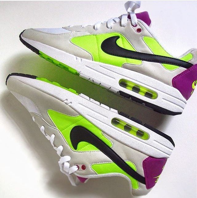 Chaussure Air Max 1 x Nike Air Icarus Fuchsia Flash (1)