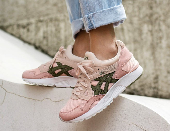 Chaussure Asics Gel Lyte V femme Rose Evening Sand Aloe (1)