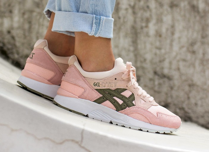Chaussure Asics Gel Lyte V femme Rose Evening Sand Aloe (2)