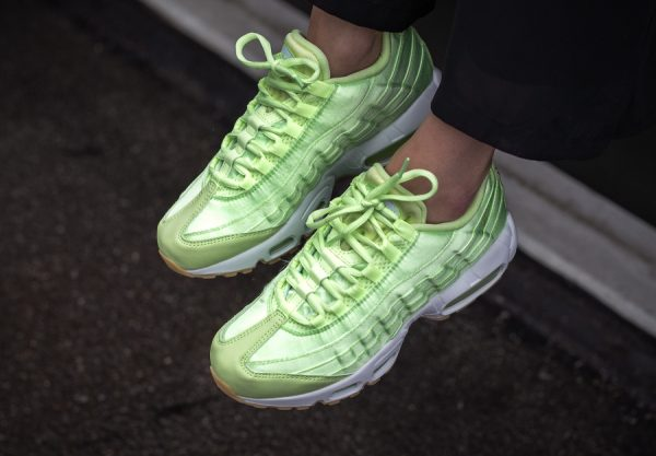 Chaussure Nike Air Max 95 WQS Light Liquid Lime (Satin Pastel) femme