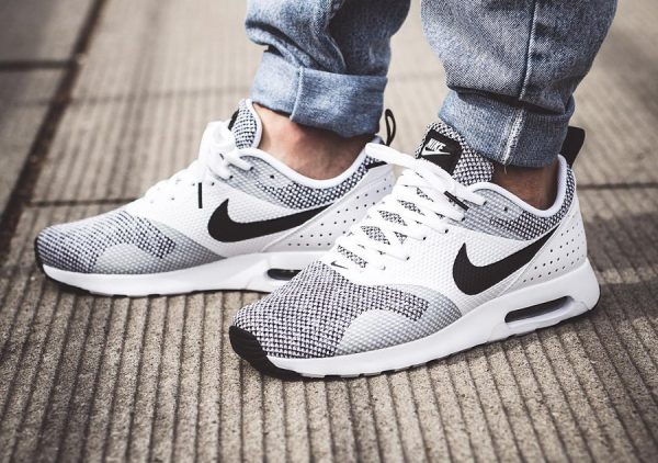 the latest 8908f 49833 Nike Air Max Tavas PRM 'Oreo' (homme)