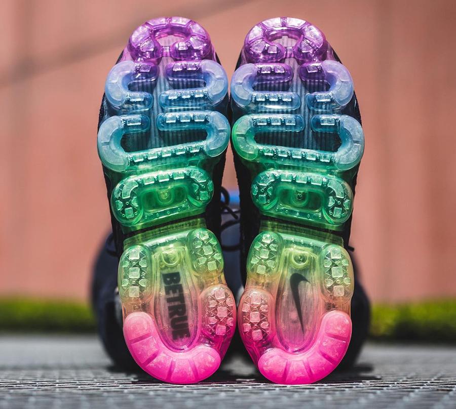 Chaussure Nike Air Vapormax Flyknit Be True Rainbow (arc-en-ciel) (3)