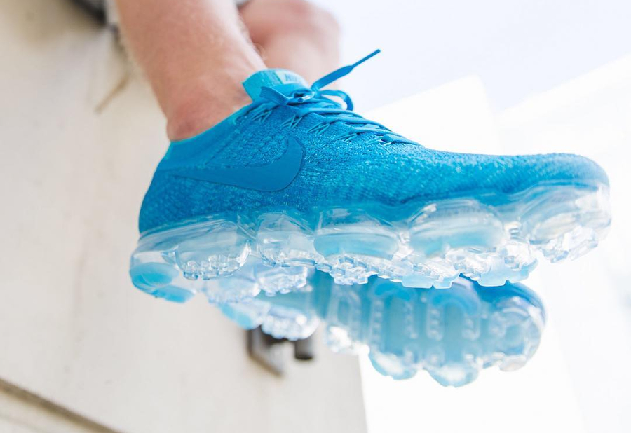 Chaussure Nike Air Vapormax Flyknit Blue Orbit Day to Night (1)