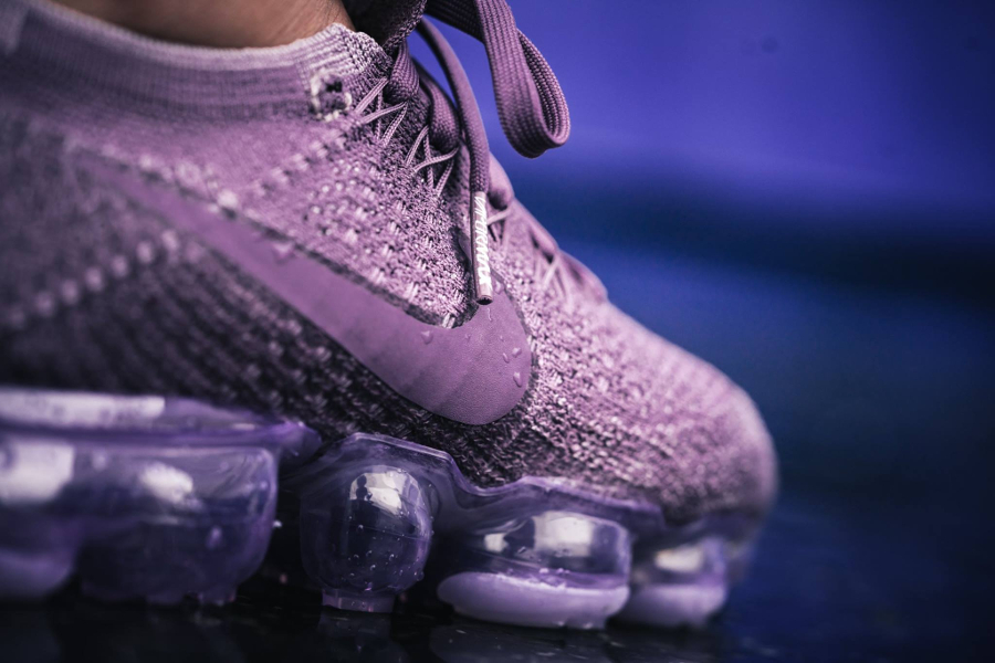 Chaussure Nike Air Vapormax Flyknit Violet Dust Day to Night (5)