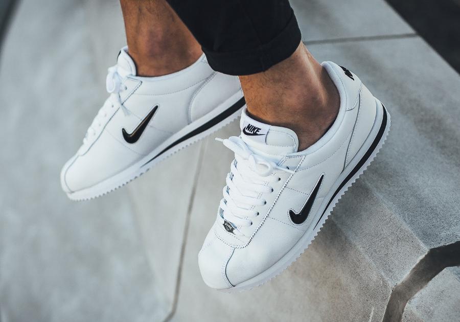 Chaussure Nike Cortez Jewel Black Diamond (1)