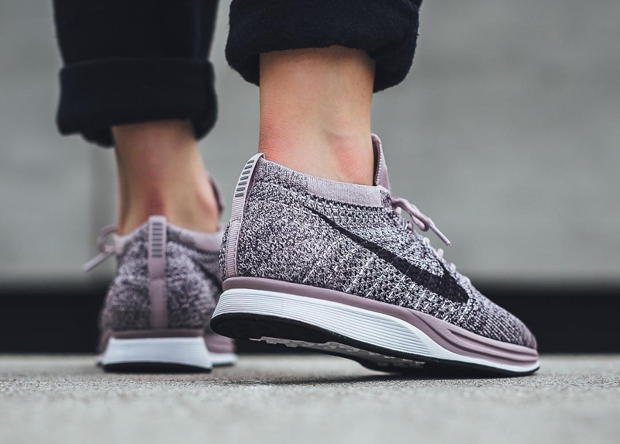 Chaussure Nike Flyknit Racer Lavender Pastel (1)