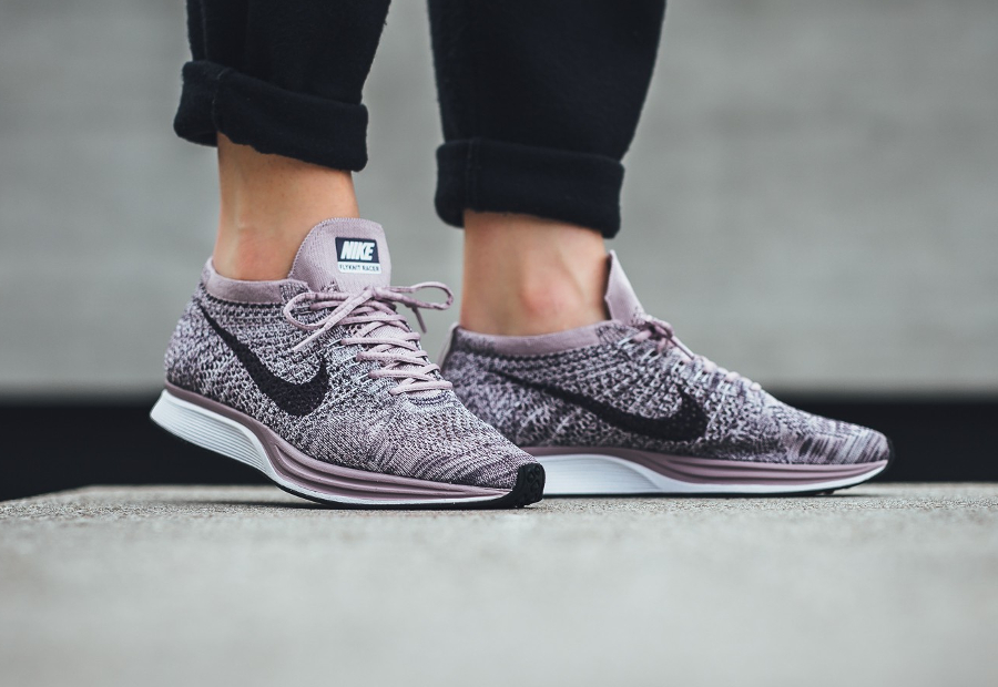 Chaussure Nike Flyknit Racer Lavender Pastel