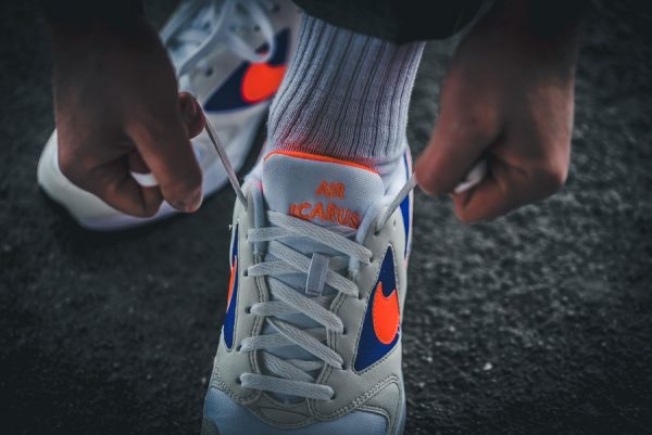Chaussure Nike Icarus Extra Radiant Orange Purple