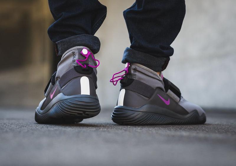 Chaussure NikeLab ACG 07 KMTR Komyuter Grey Magenta (2)