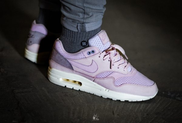 Chaussure NikeLab Air Max 1 Pinnacle Rose Arctic Pink homme (3)