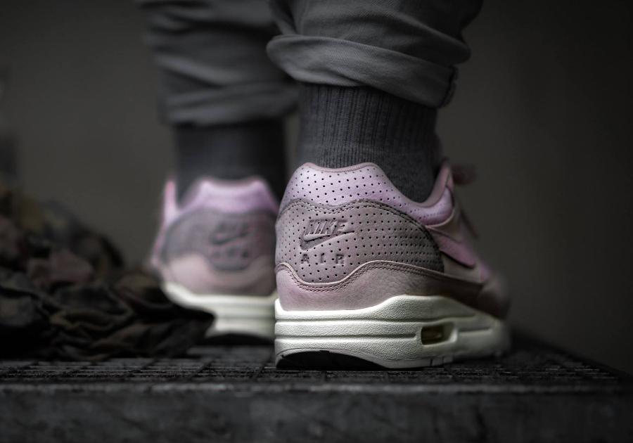 NikeLab Air Max 1 Pinnacle Rose 'Arctic Pink'