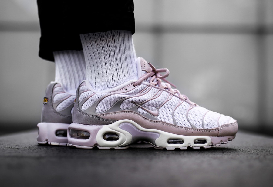 Chaussure NikeLab Air Max Plus Requin Rose Pearl Pink (1)
