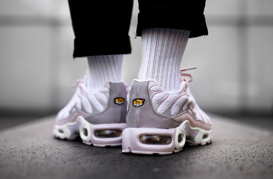 Chaussure NikeLab Air Max Plus Requin Rose Pearl Pink (2)