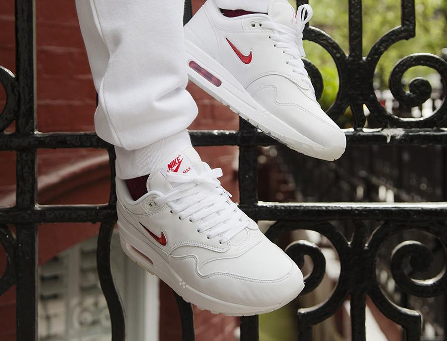Nike Air Max 1 QS Jewel